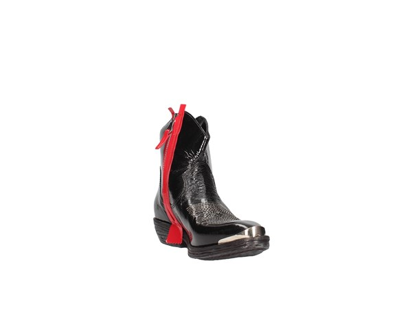 Zoe N100 Black red Shoes Women Camperos
